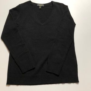 Charter Club black 100% cashmere v-neck sweater!